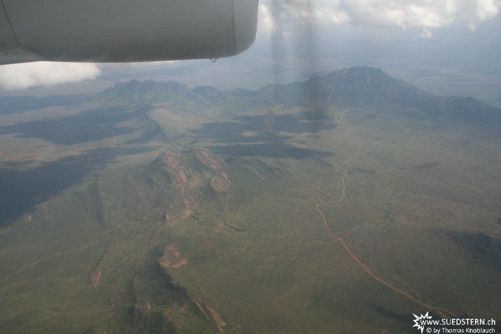 IMG 7717-Kenya, entering the kenyan higlands flying from Tsavo East to Kimana